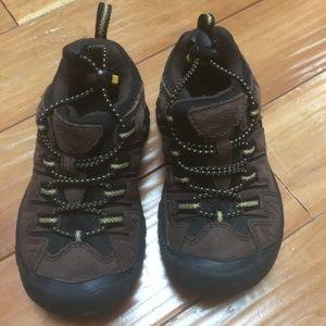 Keen Waterproof Hiking Shoe Sneaker Sz 11 Like New